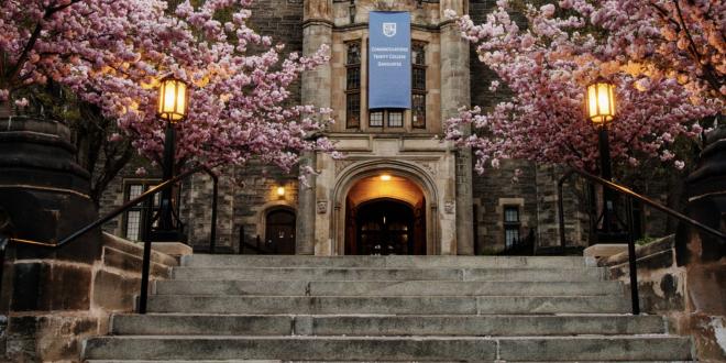 دانشگاه تورنتو بهترین دانشگاه کانادا شد.